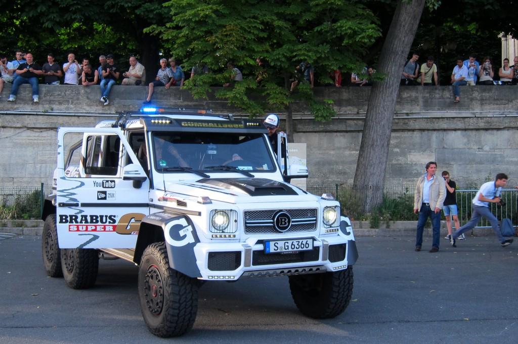 mercedes-benz-brabus-g-63-amg-6x6 (2)