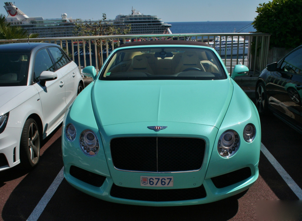 bentley-continental-gtc-v8 (1)