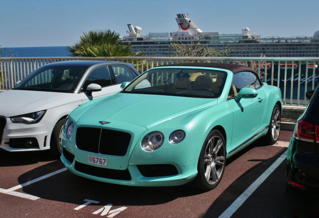 bentley-continental-gtc-v8 (2)
