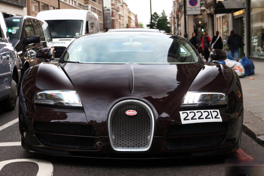 bugatti-veyron (0)