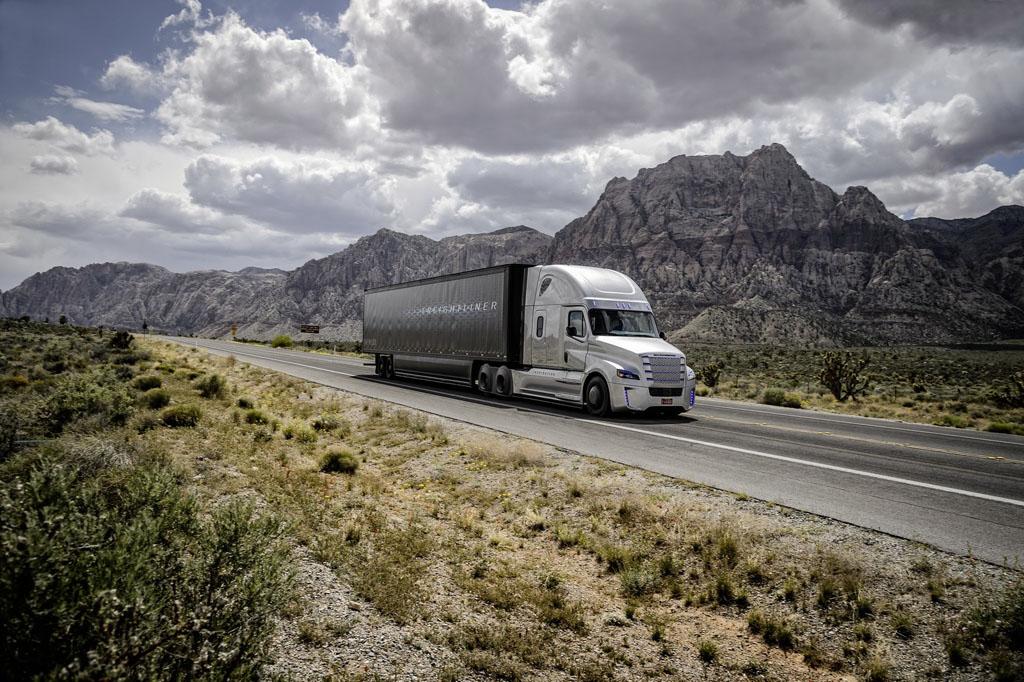 freightliner-inspiration (17)