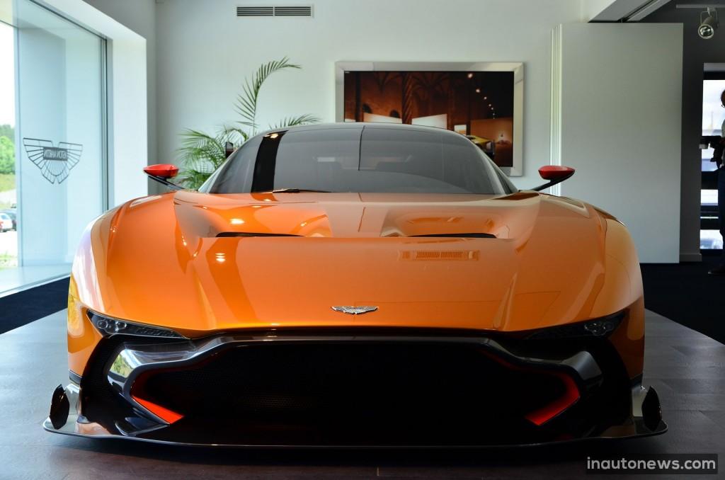 Aston-Martin-Vulcan (1)