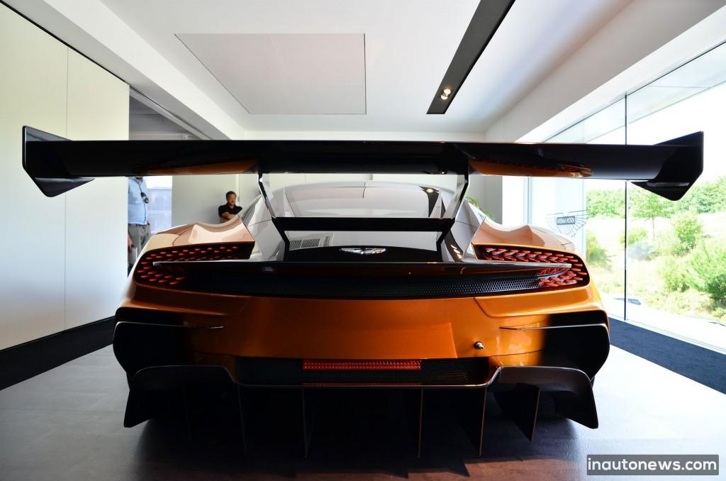 Aston-Martin-Vulcan (17)