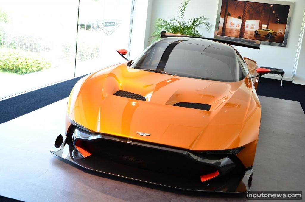 Aston-Martin-Vulcan (6)