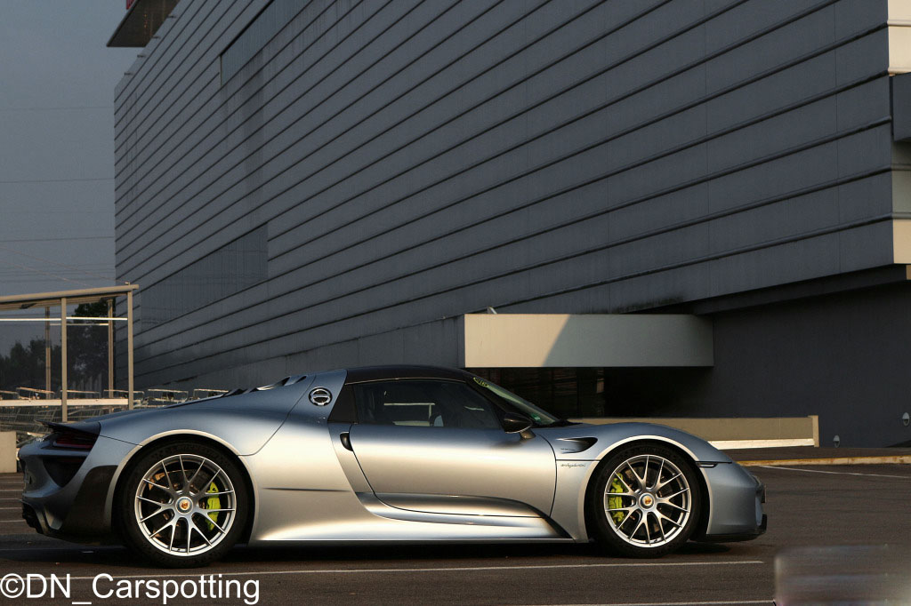porsche-918-spyder-weissach-package (8)