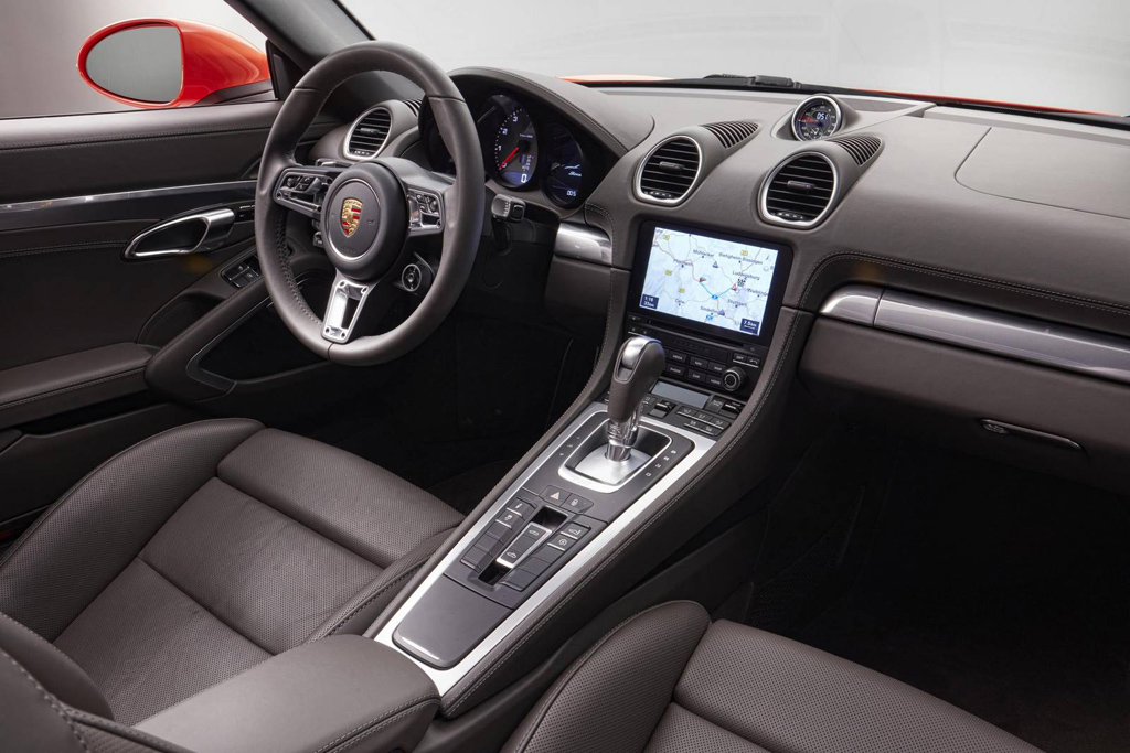 Porsche-718-Boxster-2